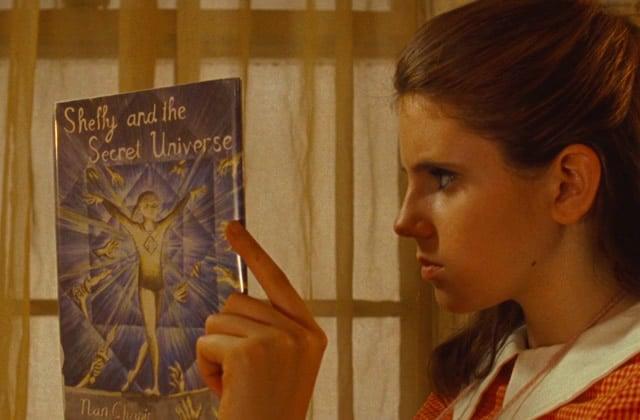 Eh madmoiZelle, tu lis quoi ? Viens répondre à notre enquête littéraire!