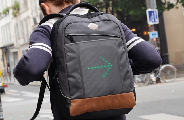 Le sac à dos pour cyclistes Go Led: pour signaler son itinéraire aux automobilistes!