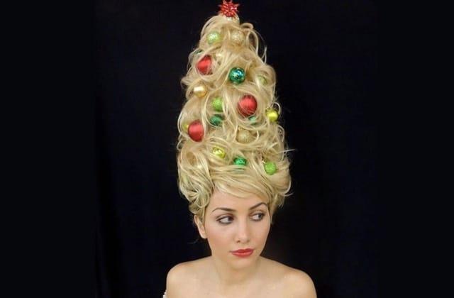 Transforme tes cheveux en sapin de Noël avec le Christmas Tree Hair!