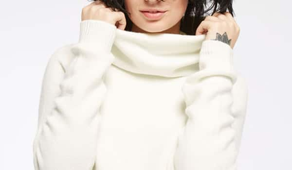 pull-col-roule-blanc