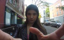 D'où vient cette vidéo dans laquelle une femme envoie bouler les harceleurs de rue à New York?
