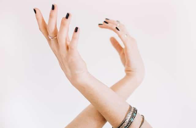 Tout ce qu'il faut savoir sur le vernis semi-permanent, le nouveau meilleur pote de tes ongles