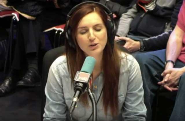 Alison Wheeler cherche l'amour… dans le répertoire politique français