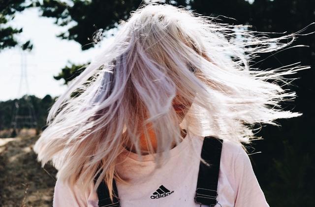 4 astuces toutes simples pour prendre soin de vos cheveux