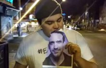 L'homme qui a décidé de manger une photo de Jason Segel par jour