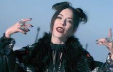 Freia célèbre son éclectisme dans le froid avec le clip de Call My Name, en exclu pour madmoiZelle
