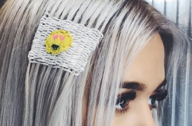 Pimpe tes cheveux version mère-grand grâce à la tendance du hair tapestry