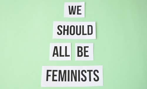 we-should-all-be-feminists-t-shirt-1