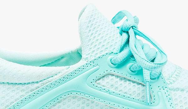 baskets-fluo-bleus