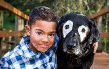 La touchante histoire du petit garçon atteint de vitiligo qui a trouvé un compagnon à son image