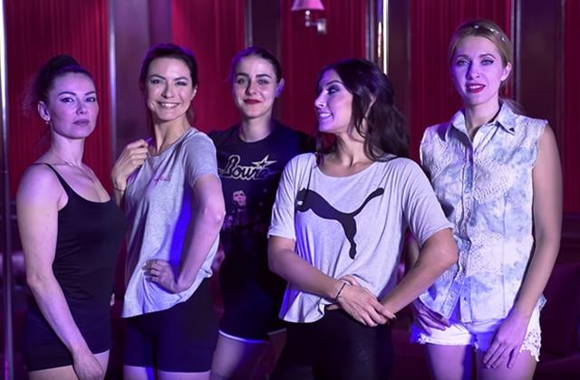 La pole dance testée par Marion Seclin&d'autres youtubeuses en vidéo!