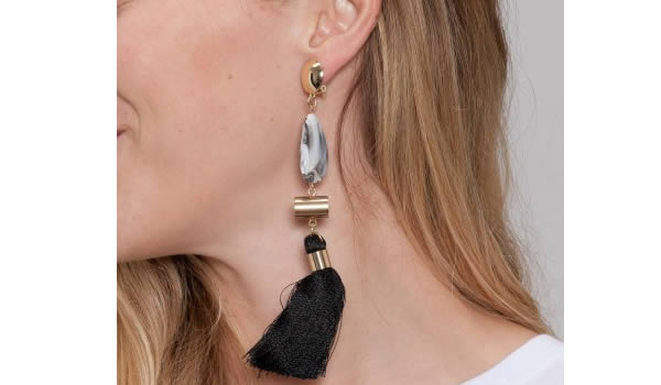 longue-boucles-oreilles