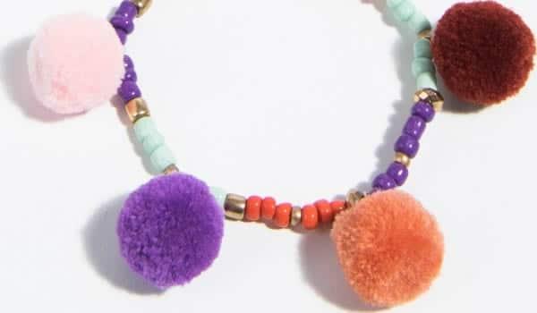 bracelet-pompon