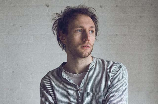 Novo Amor, le chanteur gallois à l'univers mélancolique — This is the voix