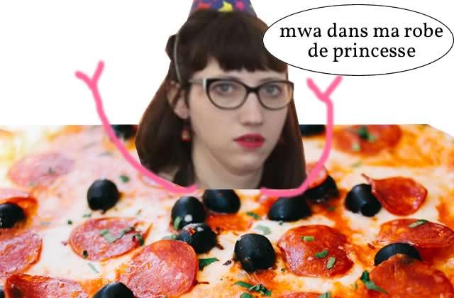Cette femme devient la reine des pizzas et du cosplay, grâce à une robe de toute beauté