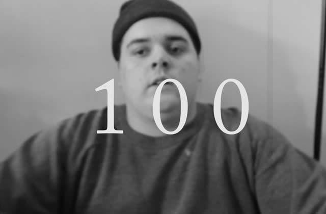 Ça fait 100 jours que ce fan mange une photo de Jason Segel (et y a un plot twist)