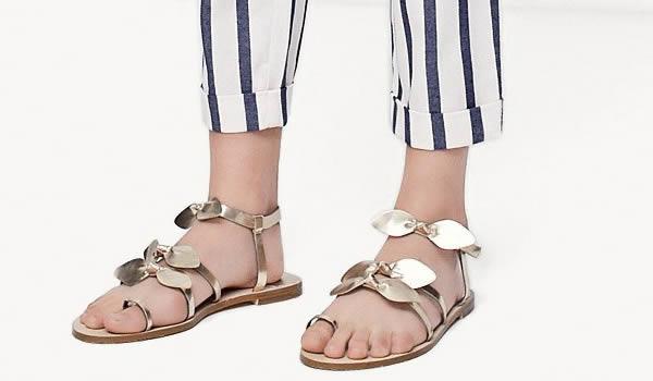 sandales-plates-metalliques