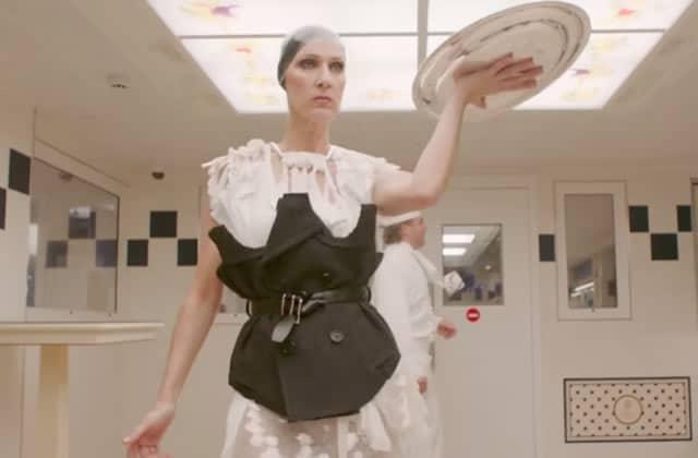 Céline Dion se déchaîne en fringues de Haute Couture et je l'aime plus que jamais