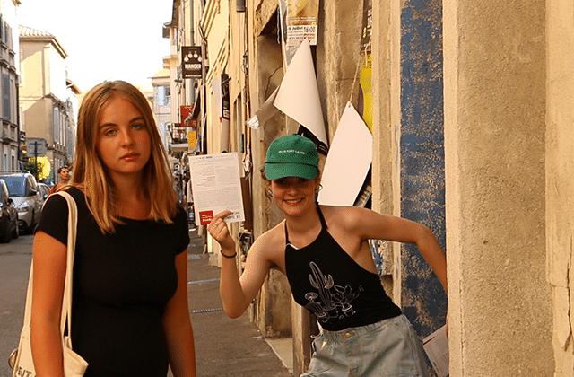 Le festival d'Avignon avec fun, astuce et Charlie
