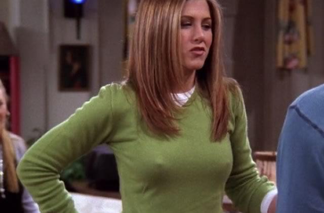 La réponse simple de Jennifer Aniston à propos de ses tétons apparents dans Friends