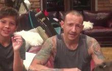 La femme de Chester Bennington (Linkin Park) partage la dernière vidéo du chanteur pour sensibiliser