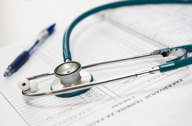 L'accès à la contraception pour les jeunes femmes, une «consultation complexe» à 46€? [Mise à jour]