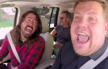Les Foo Fighters embarquent pour un Carpool Karaoke rock qui dépote
