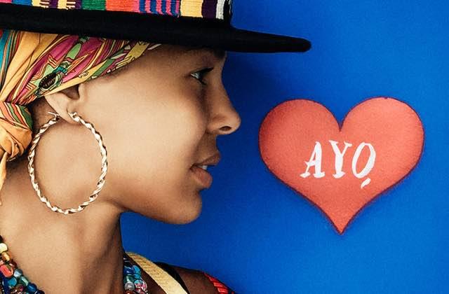Ayo déclare sa flamme à Paris dans le clip de «Paname»