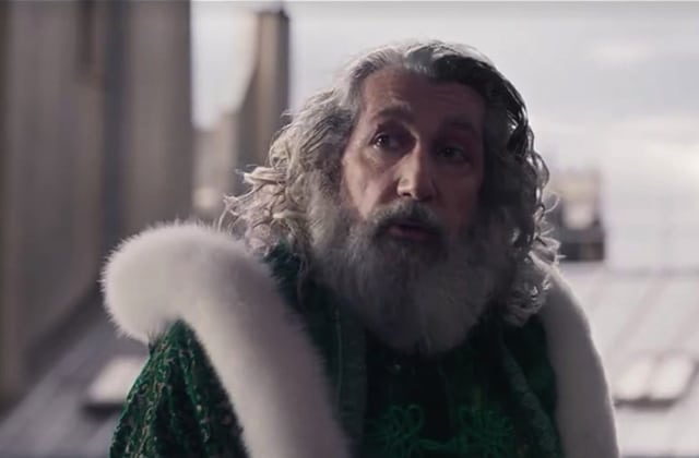 Le retour hilarant d'Alain Chabat en Père Noël — Santa & cie