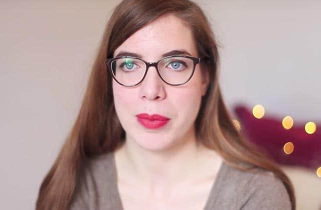 Guillemette parle de sa grande taille et de son acné tardive dans son Cher Corps