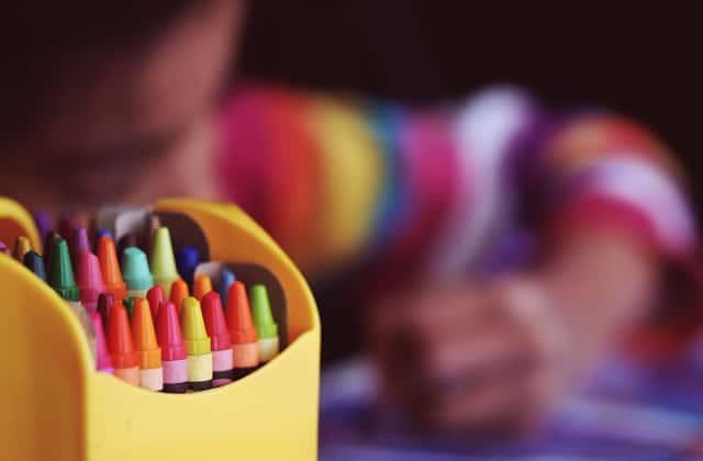 L'éducation à la sexualité dès la maternelle? Le Défenseur des Droits dit oui!