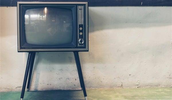 Il y a 2 bons films (et Kaamelott) à la télé ce soir, demandez le programme!