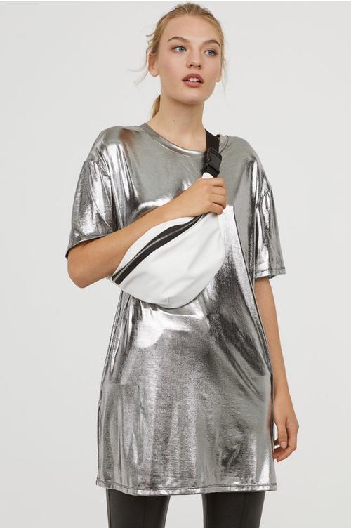 robe métallisée argent