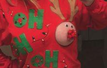 Le pull de Noël c'est so 2016, en 2017 on porte des seins de Noël!