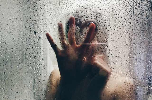 Le sexe sous la douche est-il surcôté ? (Indice : oui)