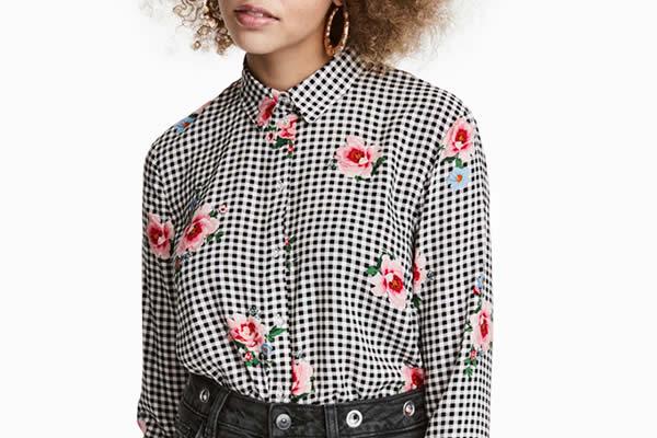 chemise à carreaux fleurie H&M