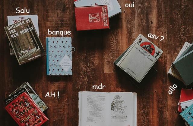 Nadia Daam chronique le site «Talk to books» sur Europe 1, où les livres répondent à tes questions existentielles