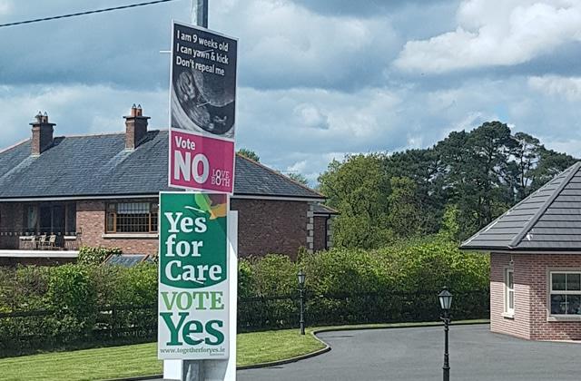 Une journée avec des militantes pour le droit à l'IVG en Irlande, avant le référendum crucial