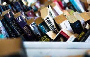Pourquoi les livres écrits par des femmes coûtent-ils moins cher que ceux écrits par des hommes?