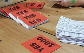«C'est incroyable, c'est historique» : le peuple irlandais a massivement voté en faveur du droit à l'avortement