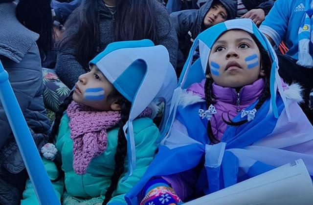 Carte postale d'Argentine – Religion football à l'heure du mondial