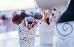 Comment choisir ses pinceaux de maquillage pour le teint?