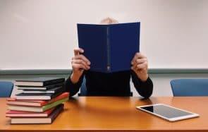 Les étudiantes plus exposées que les étudiants à la précarité, selon l'UNEF