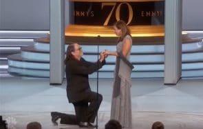 L'adorable demande en mariage surprise des Emmy Awards 2018