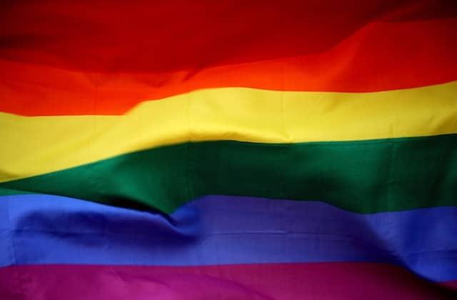 Il FAUT lire cet article au sujet des récentes agressions homophobes
