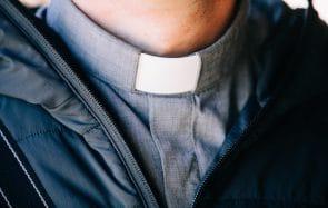 Mon mec m'a quittée pour devenir prêtre