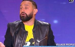 Hanouna dévoile des photos dénudées de Karine Ferri, et il a TF1 aux fesses