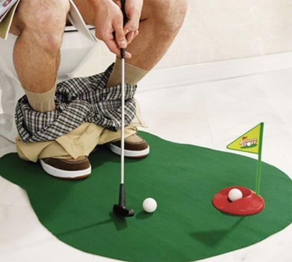 mini golf toilettes