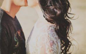 Combien de temps a duré le plus long baiser du monde?