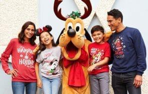 Les pulls moches de Noël Disney sont sortis !